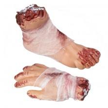 Noha a ruka s obvazem